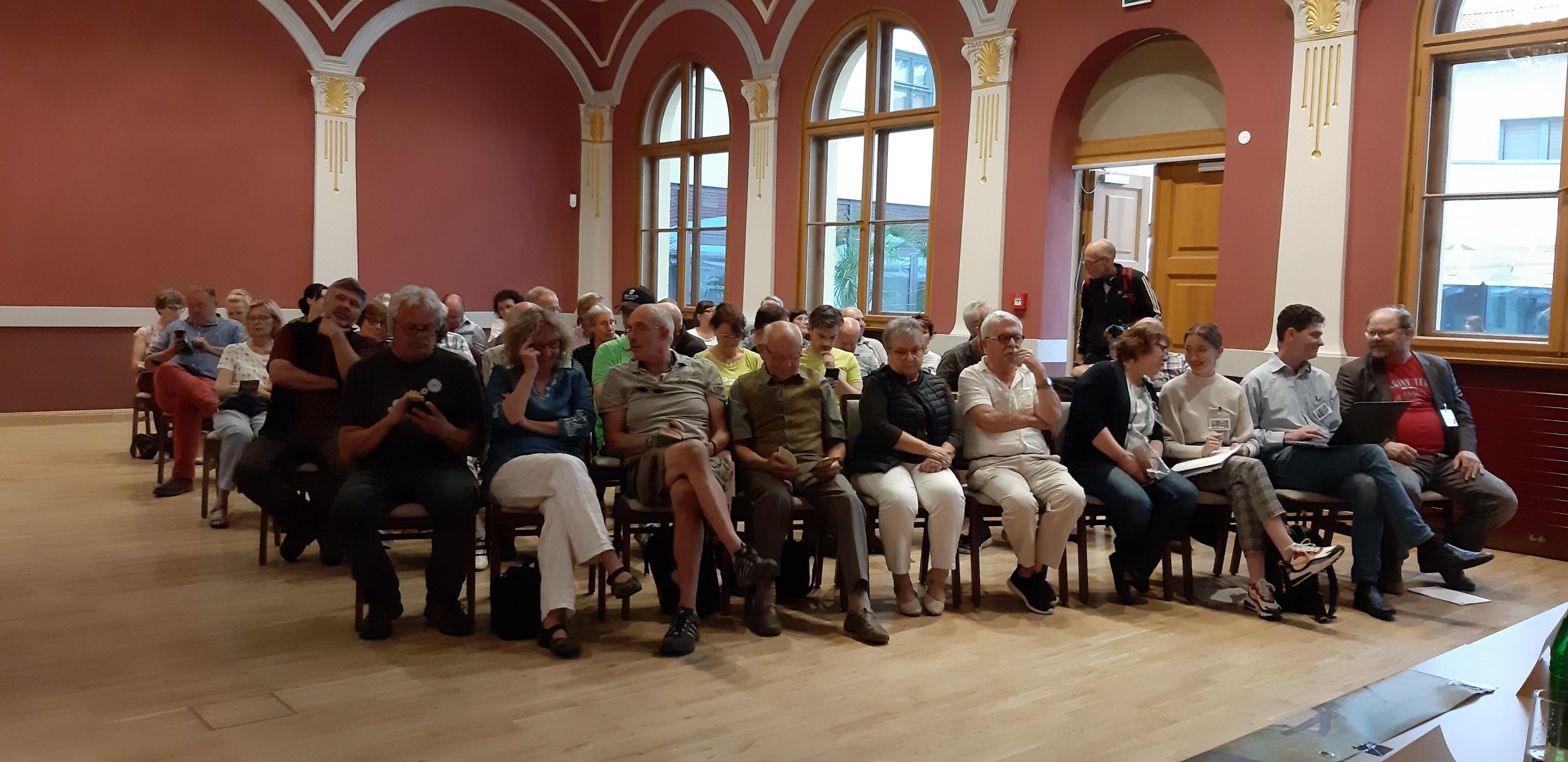 Podiumsdiskussion mit Landtagskandidat*en am 20.08.2019 im Beelitzer Deutschen Haus